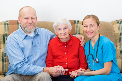 nursing-homes-vs-home-care-analyzing-the-pros-and-cons